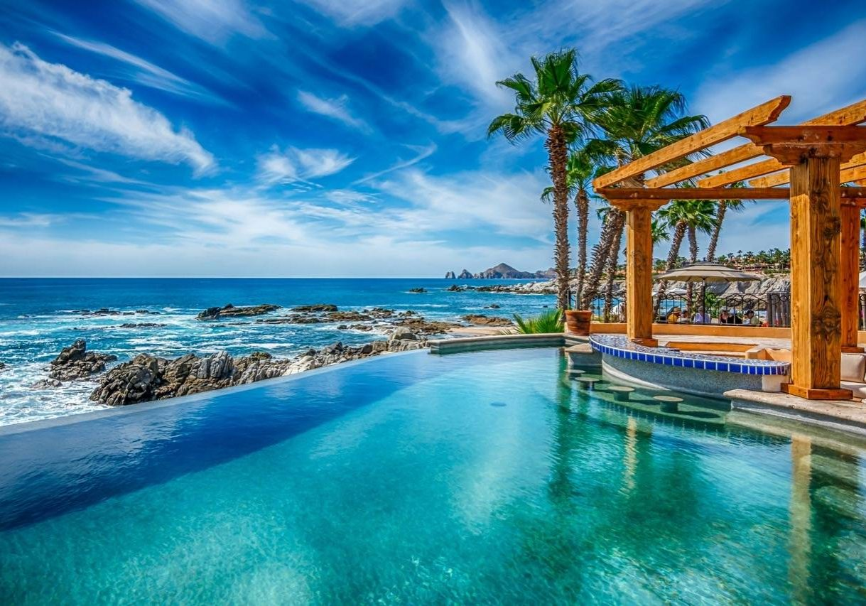 Buying and Selling Real Estate in Los Cabos:
